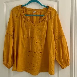 Gorgeous Boho Old Navy Peasant blouse top yellow
